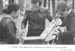 Lyon - Place Bellecourt - La Bourse Aux Timbres Et Cartes Postales - Photo Hamm N°2 - Ed. Panthéon Des Collectionneurs - Bourses & Salons De Collections