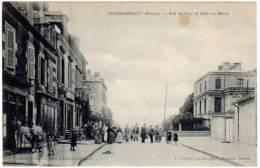 Fourchambault - Rue Du Pont Et Hôtel Du Berry - Autres Communes