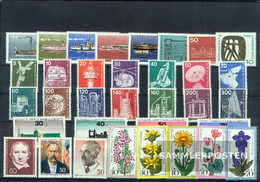 Berlin (West) 1975 Unmounted Mint / Never Hinged Complete Volume In Clean Conservation - Unused Stamps