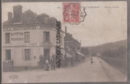 27 - SAINT PIERRE DU VOUVRAY--Route D'Andé--Hotel Des Voyageurs--Ecuries--animé - Francia
