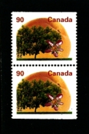 CANADA - 1995   90c  TREES  PAIR  FROM  BOOKLET  MINT NH - 1952-.... Regno Di Elizabeth II