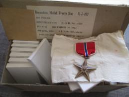 STAR MEDAL ORIGINALE 1944 En Boite D´origine - 1939-45