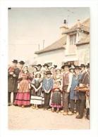 CPA  58 - DORNES La Gigue Dornoise  :Groupe Folklorique En Costume - Vielle ...PEU COMMUNE - Danses