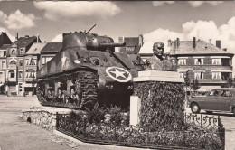 Bastogne, Place Général Mac Auliffe, Met Tank  (pk19769) - Bastogne