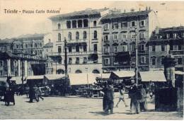 Friuli Venezia Giulia-trieste Piazza Carlo Goldoni Veduta Mercato Animatissima Primi 900 - Trieste