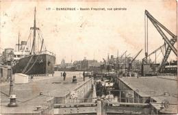 CPA 59 (Nord) Dunkerque - Bassin Freycinet, Vue Générale 1911 écluse, Nombreux Bâteaux, Péniches, Grue - Dunkerque