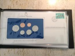 Iles Salomon Solomon Islands 1977  Mint Proof Set 7 Coins + 2,5 & 10 Dollar Banknote (timbre FDC Numisbrief, Australia) - Salomon