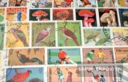 Vietnam 100 Different Stamps - Vietnam