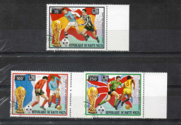 "HAUTE-VOLTA - Foot-ball : Coupe Du Monde ""Munich 1974""  - Footballeurs Divers (Bereta, Best, Gento) - Sport - Coppa Del Mondo"