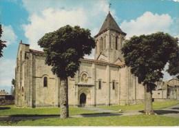CPM Melle L'Eglise Saint-Pierre (XIIe S.) Chef D'oeuvre De L'Art Roman - Melle