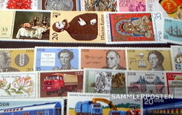 DDR 100 Different Stamps Unmounted Mint / Never Hinged - Germany