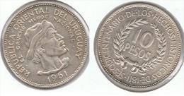 URUGUAY 10 PESOS GAUCHO 1961 PLATA SILVER - Uruguay