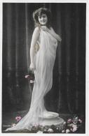 Jeune Femme Au Voile - Série 2173 - Carte R.F. Editeur D'Art Paris, Non Circulée - Frauen