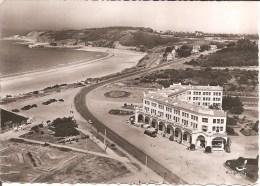 EN AVION AU-DESSUS DE ... SABLES D´OR LES PINS (22) Route Touristique Et Le Port , Le Casino En 1956 (Ed: LAPIE) CPSM GF - Francia