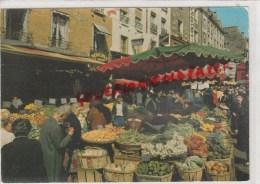 75005 - 75 -  PARIS - LA RUE MOUFFETARD  MARCHE AUX LEGUMES - Arrondissement: 05