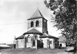 63  Saint Ours Les Roches L'église - Frankreich