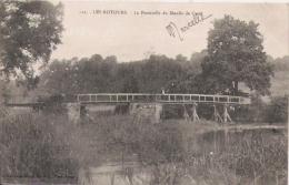 LES ROTOURS 112 LA PASSERELLE DU MOULIN DE CAREL1904 - Otros Municipios