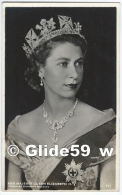 Her Majesty Queen Elizabeth II (Photo By Dorothy Wilding) - N° 711 - Familles Royales