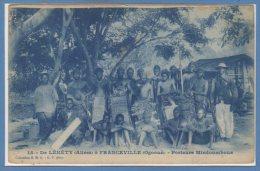 AFRIQUE  -- GABON --  De Léhéty - à Franceville....Porteurs Mindoumbous - Gabon