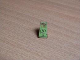 BROCHE EMAIL  MC DONALD´S SASKATCHEWAN CANADA. 21X12. - McDonald's