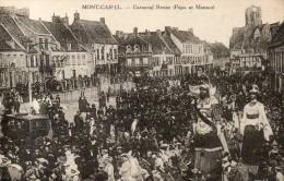 MONT CASSEL  Carnaval Reuze Papa Et Maman - Cassel
