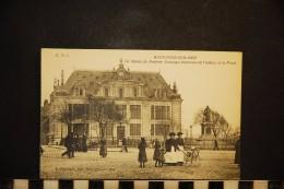 CP, 62, BOULOGNE SUR MER La Statue De Frederic Sauvage Inventeur De L'Helice Et La Poste N°5 Edition E Dejonghe - Boulogne Sur Mer