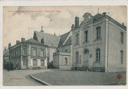 SAVIGNY SUR BRAYE - Place De La Mairie - France