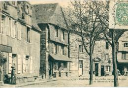 29 - Carhaix : Les Vieilles Maisons De La Place De L' Hôtel De Ville - Carhaix-Plouguer