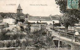 CPA- GUILLON (89) - Aspect Du Chemin De La Passerelle En 1907 - Guillon