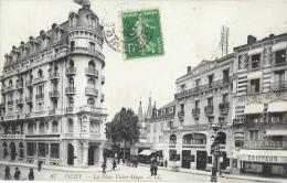 Vichy - La Place Victor-Hugo - Astoria Palace - Carte LL N°87 - Vichy