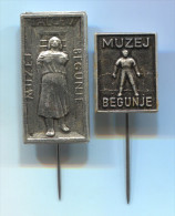 MUZEJ TALCEV WW2 - BEGUNJE Gorenjska Slovenia, Vintage Pin Badge, 2 Pieces - Cities