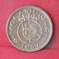 NOZAMBIQUE  50  CENTAVOS  1957   KM# 81  -    (Nº12061) - Mozambique