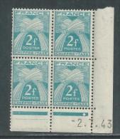 France Taxe N° 72 XX  Gerbes : 2 F. En Bloc De 4 Coin Daté Du 2 . 7 . 43 .  1 Pt Bl., Ss Ch. Qq Dents Détachées Sinon TB - Postage Due