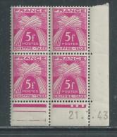 France Taxe N° 75 XX Type Gerbes : 5 F. En Bloc De 4 Coin Daté Du 21 . 7 . 43 . 3 Points Blancs, Sans Charnière TB - Postage Due