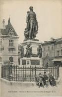 BAR  LE  DUC   STATUE  DU  MARECHAL  OUDINOT.  DUC DE REGGIO   E.C.      (VIAGGIATA) - Bar Le Duc