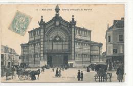 AUXERRE  Entrée Principale Du   Marché  Animée, Attelage - Auxerre