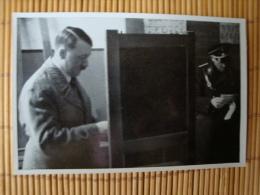 WW II. Deutschland Erwacht Sammelbild Nr. 113, Der Führer Wählt In Königsberg, 1933 ! - Trade Cards