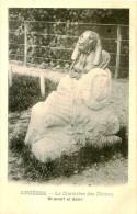 Belle Cpa  - Asniéres -    Cimetiére De Chiens    ,                       D806 - Chiens