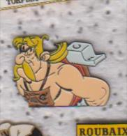Pin's  HISTOIRE ASTERIX - Comics