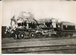 CP Du Museon Di Rodo - N° 690 -PLM Locomotive Coupe-vent C-143 Construite à Arles 1900 - En Tète D'un Train Présidentiel - Equipment