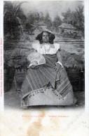 Diego-Suarez. Femme Sakalave - Madagascar