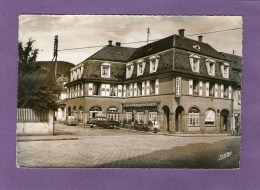 MUNSTER - Hôtel Des Vosges - (Vieilles Voitures) - 1957 - - Munster