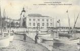 Cannes (Alpes-Maritimes) - La Plage Et Le Casino Municipal - Barques - Edition Giletta - Carte N°541