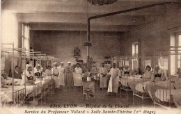 LYON  -  Hopital De La Charité -Service Du Professeur  Villard - Salle Ste Thérese - Lyon