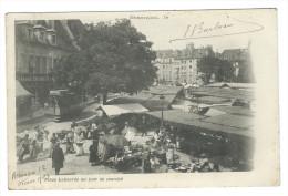 BESANÇON (Doubs) - Place Labourée Un Jour De Marché - Belle Animation - Tramway - Besancon