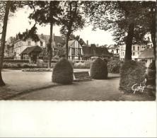 Bernay-le Jardin Public-cpsm - Bernay
