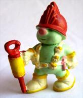 1 FIGURINE FRAGGLES - SCHLEICH 1985 - DOOZER AVEC MARTEAU PIQUEUR - Figurillas