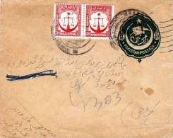 PAKISTAN 1960 - 11/2 P Ganzsache + 2 Fach Zusatzfrankierung Auf Kleinen Brief Gelaufen - Pakistan