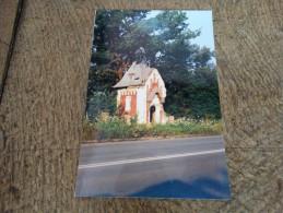 Photo prise � Vukovar(Ex Yougoslavie)-la chapelle