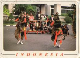 CARTE POSTALE Circulée  INDONESIE  Horse Trance Dance - Indonésie